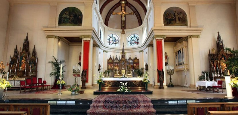 Volendam iglesia