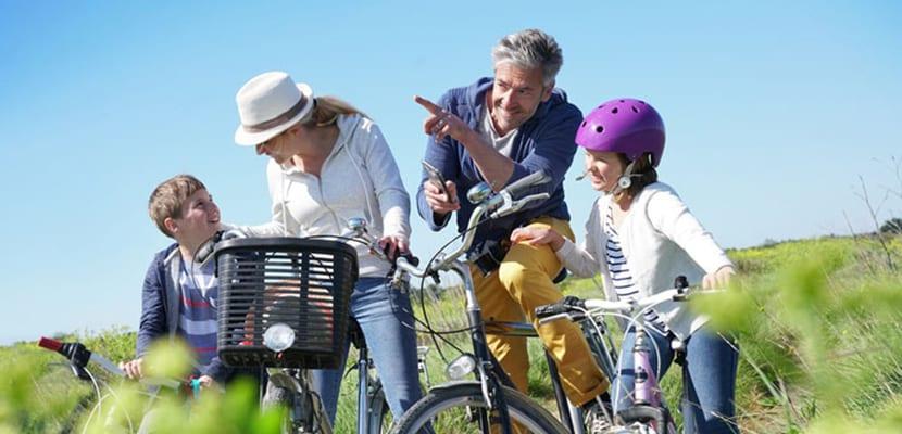 En bicicleta con niños