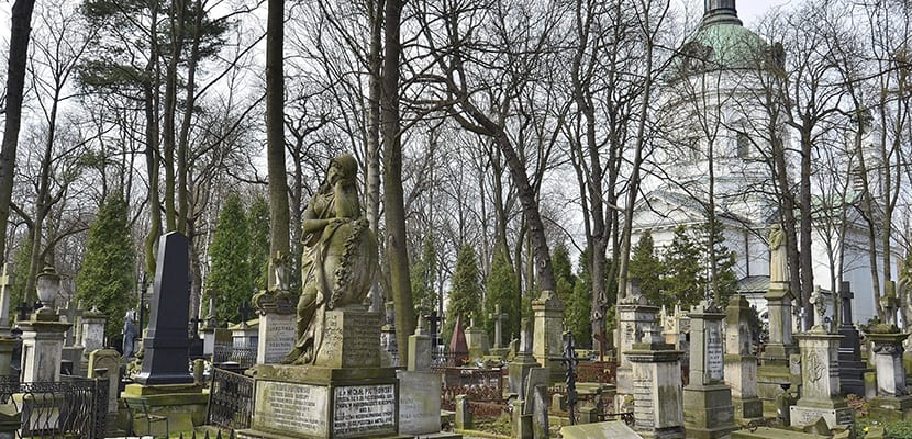 Cementerio judío en Varsovia