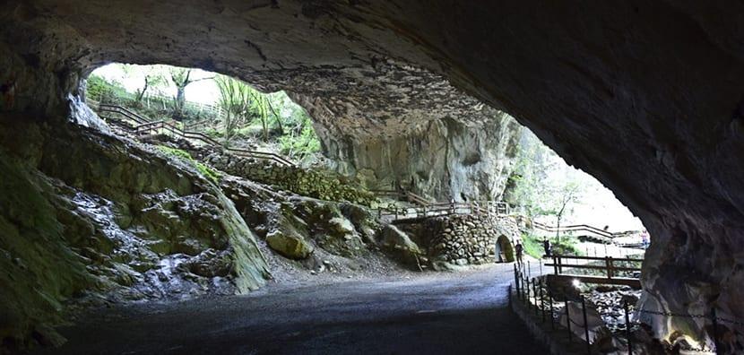 Cuevas de Zugarramurdi, tesoro en Navarra