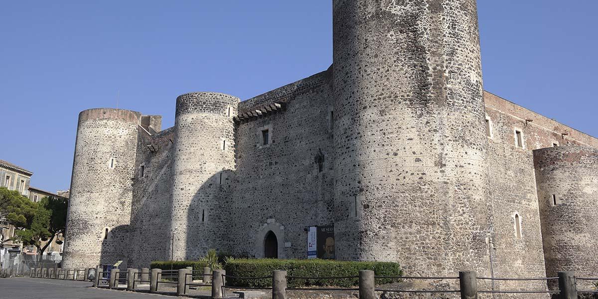 Castillo ursino