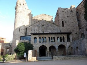 Vista del monasterio de Sant Feliu de Guixols