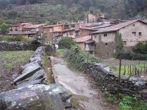 Vista de Robledillo de Gata