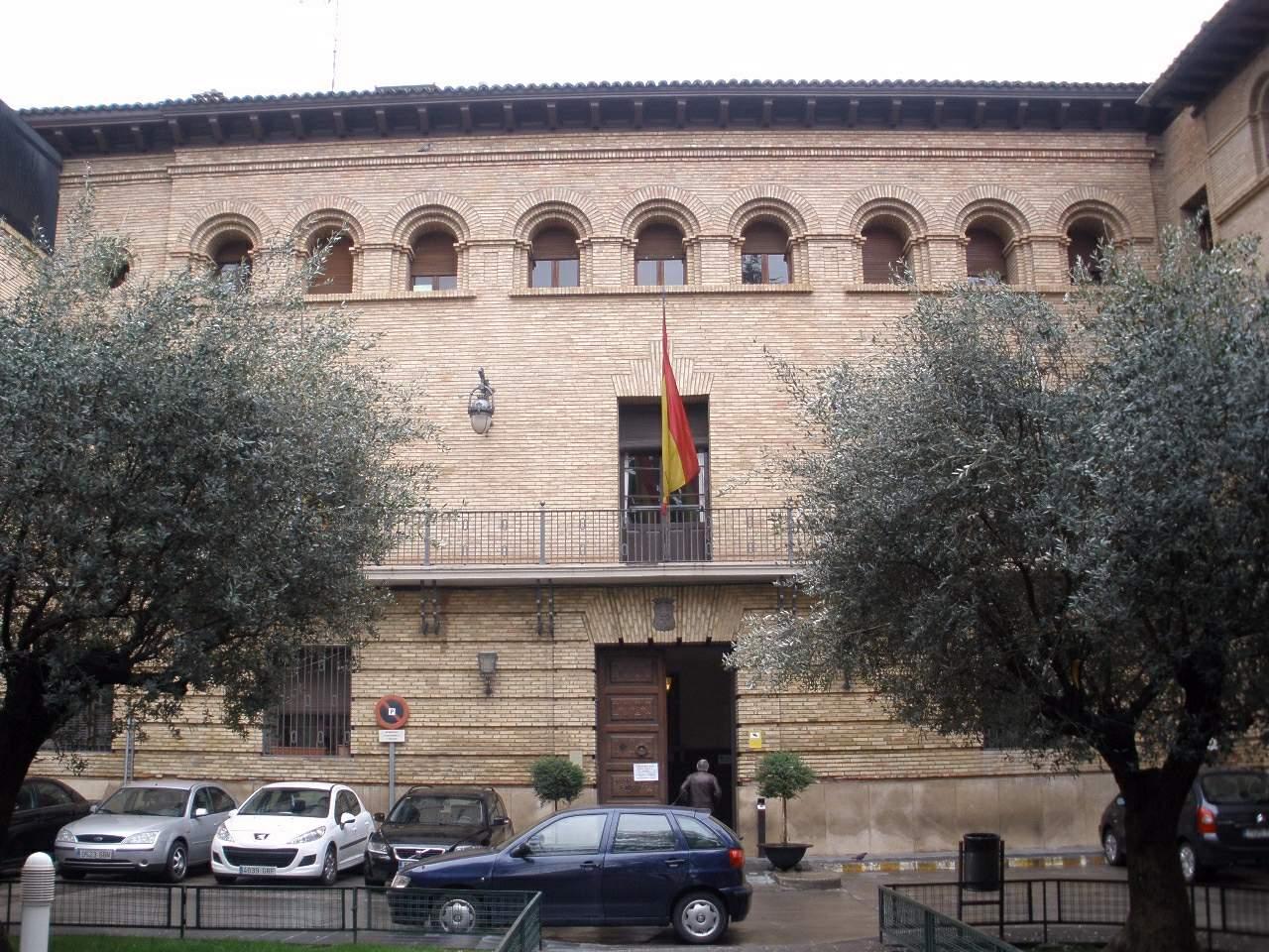 El Ayuntamiento de Barbastro
