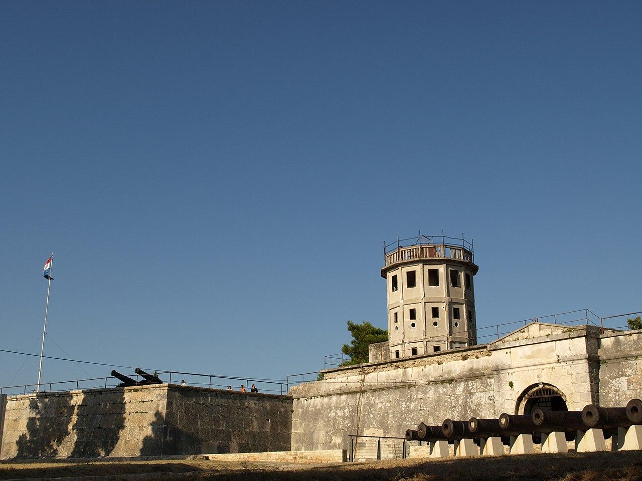 El fuerte Kastel