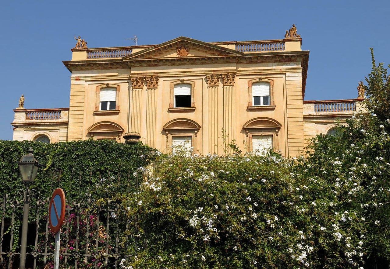Casa de los marqueses de Montsolís