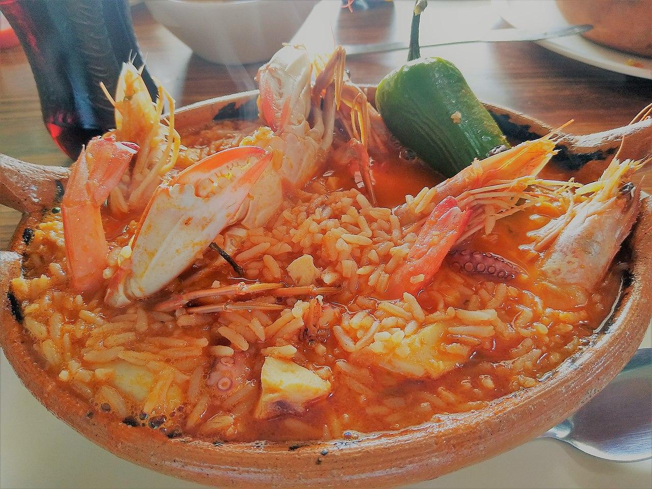 Plato de arroz a la tumbada